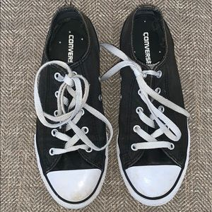 Converse Sneakers Size 4.
